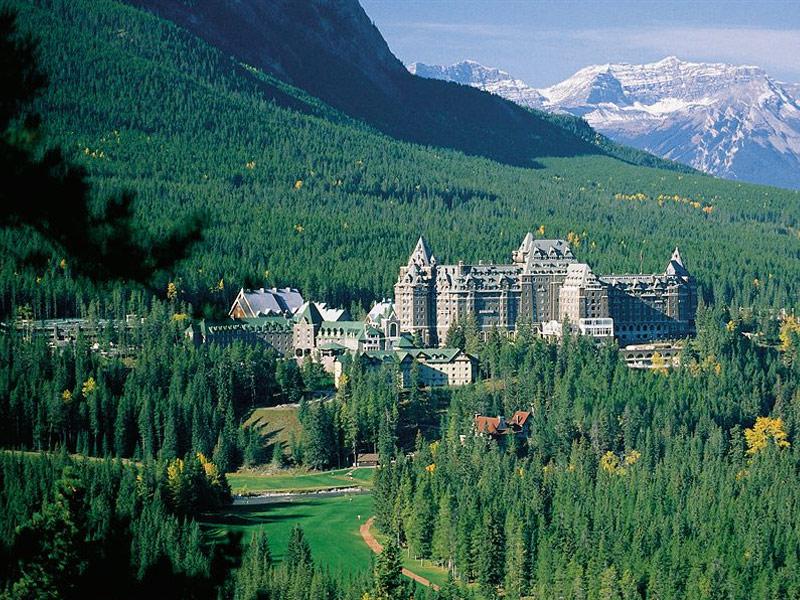 The-Fairmont-Banff-Springs-